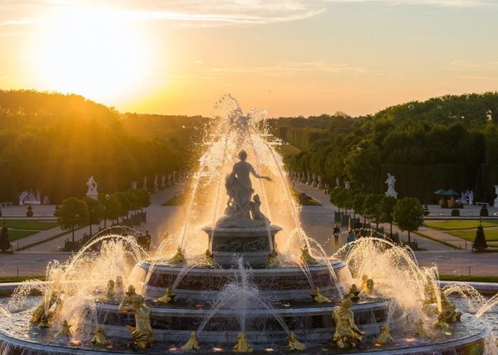Paris mùa xuân và những trải nghiệm không thể bỏ lỡ trên đất Pháp