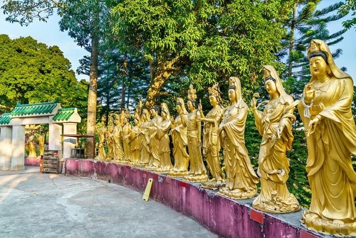 tu viện vạn Phật