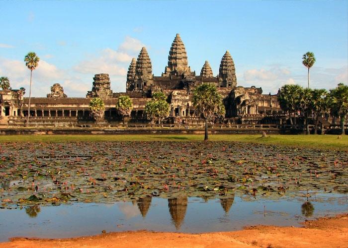 Quần thể Angkor Wat nổi tiếng của Campuchia. Ảnh: vi.wikipedia.org