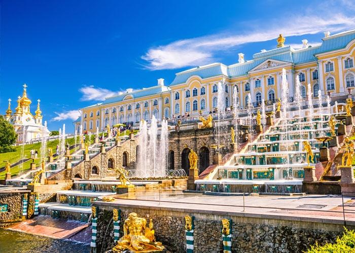 Cung điện Mùa Hè Peterhof. Ảnh: atlantidaen.opennemas.com