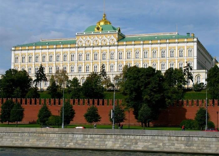 Điện Kremlin được xem là trái tim của nước Nga. Ảnh: zoomzoomtour.com