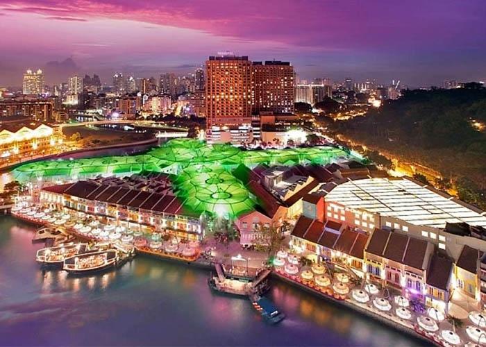 Khu Clarke Quay sôi động về đêm. Ảnh: youvivu.com