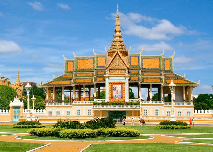 Hoàng cung Campuchia. Ảnh: travelocity.com