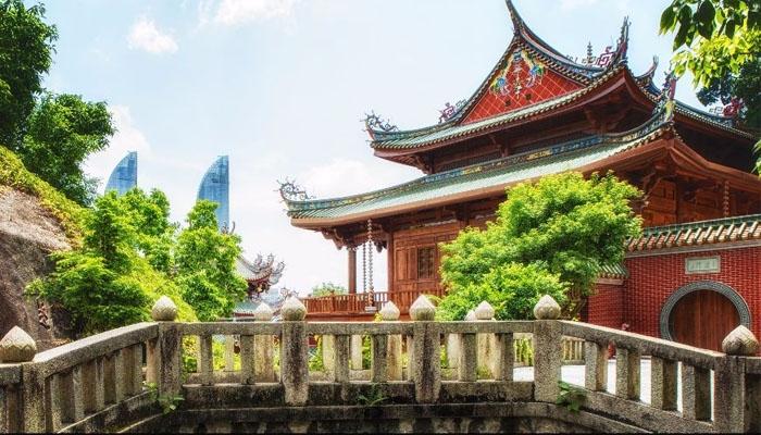 Hạ Môn có thời tiết bốn mùa như xuân, thích hợp cho các chuyến du lịch nghỉ dưỡng. Ảnh: cathaypacific.com