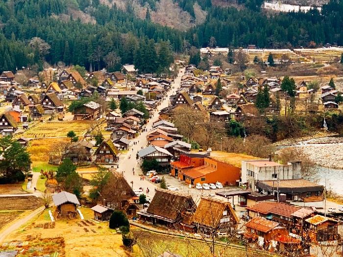 khám phá làng cổ Shirakawago