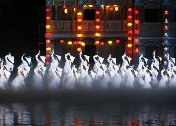 Show diên thực cảnh Ký ức Hội An. Ảnh: dulich.laodong.vn