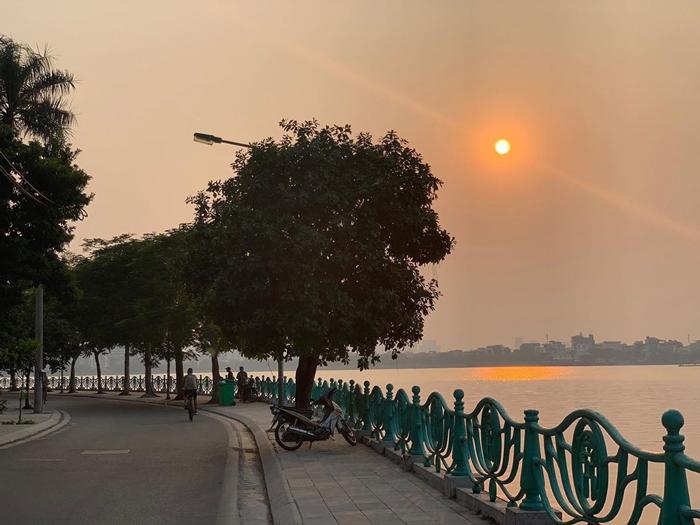 Hồ Tây Hà Nội vào mùa thu