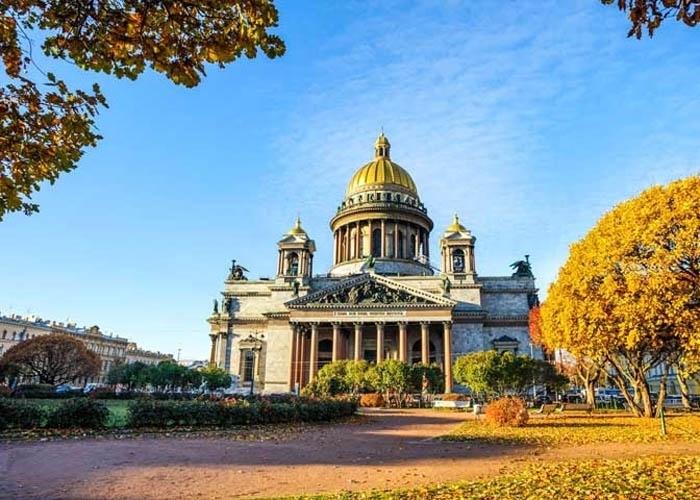 Nhà thờ Thánh Issac Dalmatskiy. Ảnh: wiki