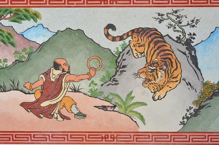 Hổ: Văn hóa Hàn Quốc coi hổ là vị thần thiêng liêng.