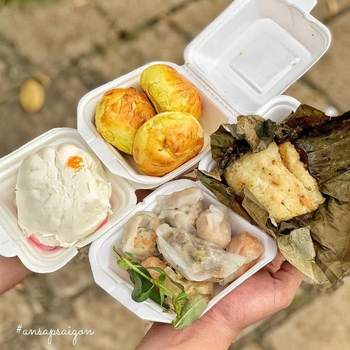 Affordable dimsum shop in Ho Chi Minh City