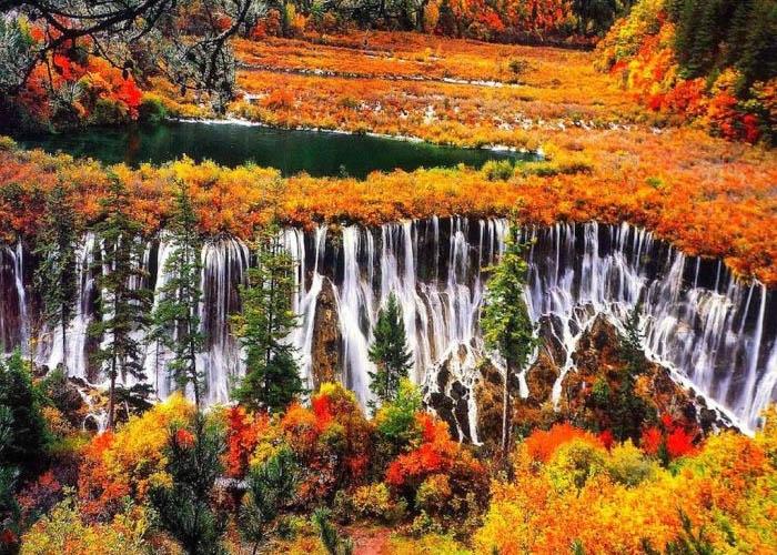 Thác Nặc Nhật Lan mùa thu. Ảnh: btarvn.com