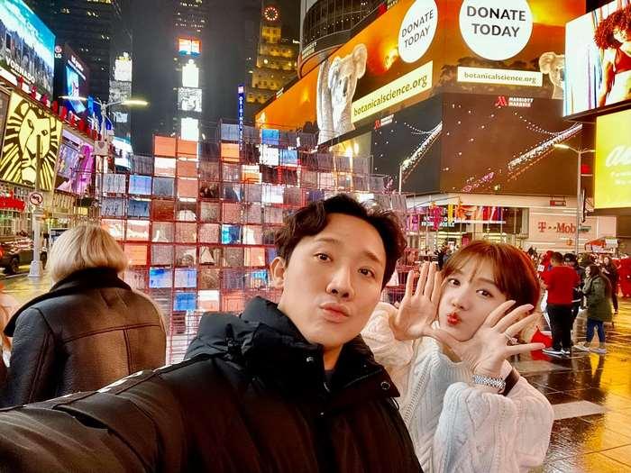Vợ chồng Trấn Thành Hari Won đi du lịch Hàn Quốc