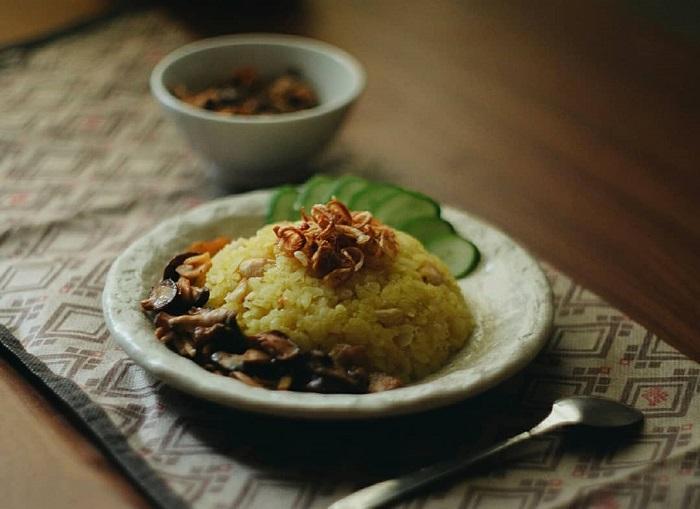 Un délicieux riz gluant attire les adeptes de la cuisine vietnamienne