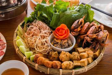 7 quán lẩu riêu cua bắp bò ngon nhất Hà Nội quá tuyệt để tụ tập hội 'chị chị em em'