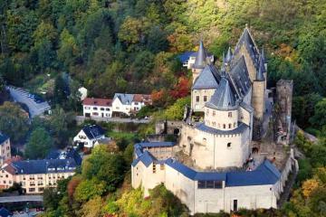 Một ngày ở Vianden, Luxembourg: Thăm lâu đài cổ tích, lơ lửng giữa không trung ngắm thị trấn
