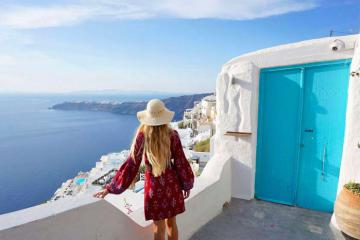Lựa chọn biệt thự nghỉ dưỡng ở Santorini cho kỳ nghỉ sang chảnh tại Hy Lạp