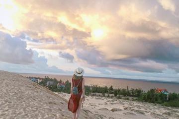 5 đồi cát miền Trung đẹp như tranh vẽ, chỉ chọn bừa một góc chụp cũng có ảnh xịn mang về