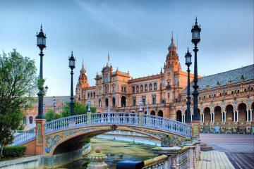 Barcelona xinh đẹp và những điểm đến nổi tiếng tại Tây Ban Nha cho chuyến du lịch 2020