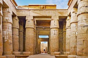 Du lịch Ai Cập khám phá Karnak, bảo tàng ngoài trời lớn nhất thế giới