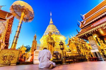 Du xuân Chiang Mai: Chiêm bái Doi Suthep và khám phá làng người cổ dài