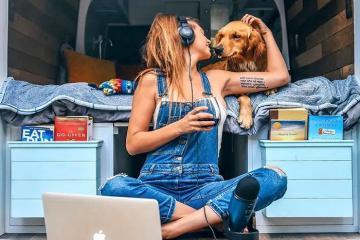 9x chia tay bạn trai và công việc trong mơ để du lịch khắp nước Mỹ cùng cún cưng