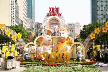 Đường hoa Nguyễn Huệ rực rỡ chào Tết Canh Tý 2020