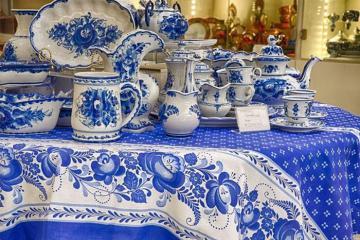 Du lịch Nga và Trung Quốc đừng quên tìm hiểu lịch sử nghìn năm của gốm sứ