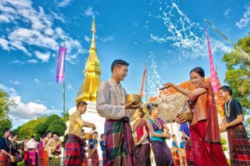 Hòa mình vào những lễ hội rực rỡ nhất tại Chiang Rai trong chuyến du lịch Thái Lan 2020