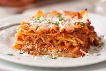 Ngoài pizza hay spaghetti, đây là loạt món ăn tại Ý ngon nức tiếng bạn không thể bỏ qua