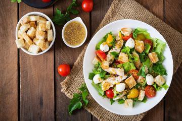 Gợi ý những món ăn 'chống ngán' hiệu quả giúp mâm cỗ ngày Tết thêm trọn vẹn
