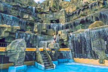 Thác 5 tầng ở Tea Resort, Lâm Đồng - điểm check-in sang chảnh giữa đồi chè Bảo Lộc mộng mơ