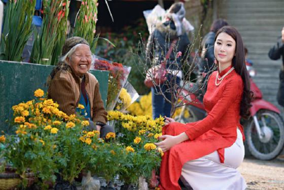 Khám phá 5 'thiên đường' mua sắm Tết tại Hà Nội nhộn nhịp nhất