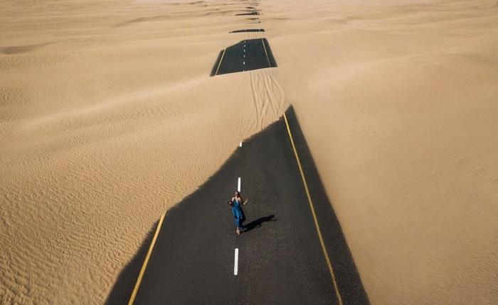 Con đường mòn Birdville dài 517 km nối hai bang Queensland và South Australia.