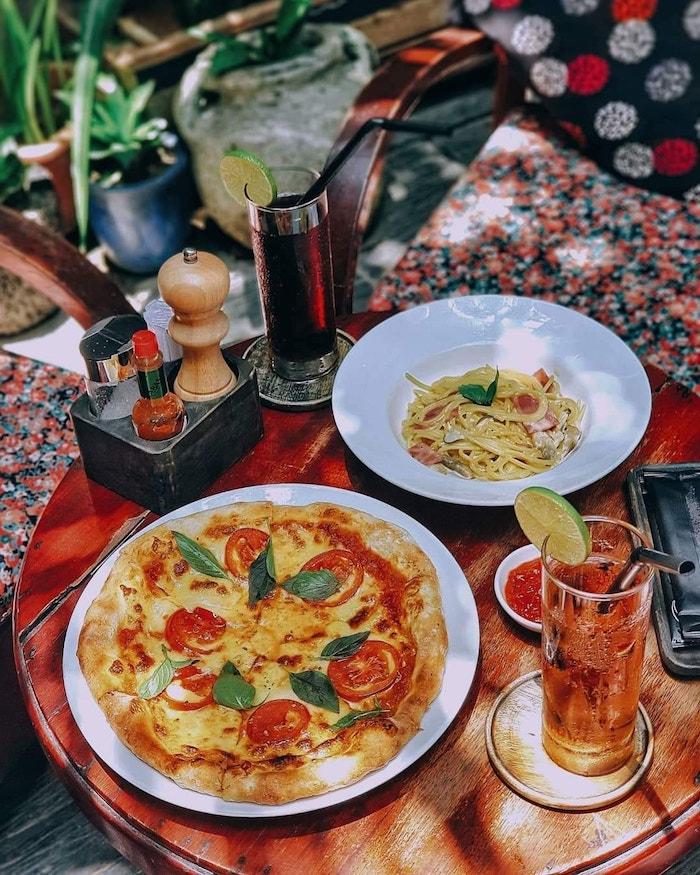 Nice cafe in Hue