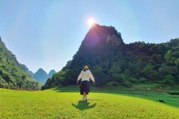Chiêm ngưỡng núi Mắt Thần độc nhất vô nhị của Việt Nam ở Cao Bằng