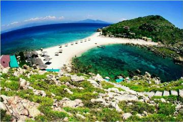 4 hòn đảo hoang sơ ở Khánh Hòa hút đông đảo du khách