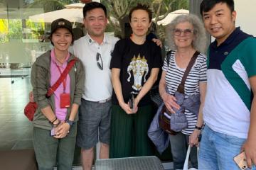 Đà Nẵng: Bàn giao tài sản thất lạc hơn 5000$ cho du khách Canada