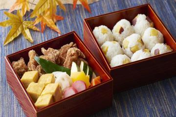 Gợi ý 7 món ăn nhẹ bổ dưỡng và tiện lợi cho chuyến du lịch trong ngày