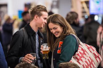 Quẩy hết mình cùng lễ hội bia thủ công lớn nhất nước Anh