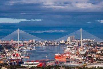 Cảng Vladivostok - Nga vẫn đón tàu du lịch quốc tế bất chấp dịch bệnh Covid-19