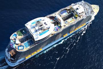Khám phá Symphony of the Seas - du thuyền lớn nhất thế giới