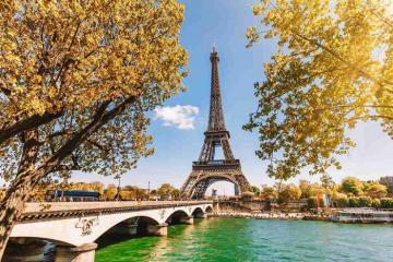Blogger cảnh báo du khách có thể 'vỡ mộng' khi đến các điểm du lịch nổi tiếng ở Paris
