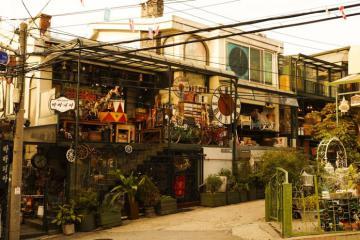 Phố Tây Itaewon - 'bùa yêu' khiến khách du lịch Hàn Quốc say mê