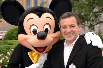 Khởi nghiệp từ anh chạy việc vặt, Bob Iger đã lập đế chế Disney cường mạnh bằng một triết lý đơn giản