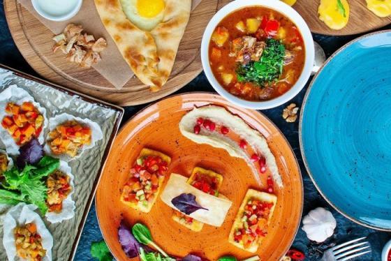 Ăn no không lo cháy túi tại 7 quán ăn đạt chuẩn sao Michelin tại Thái Lan