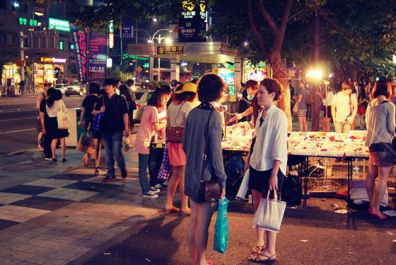 'Thả ga' với 5 địa điểm mua sắm giá rẻ ở Seoul