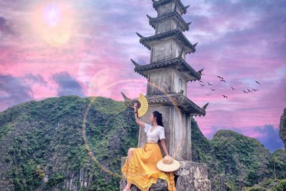 Hang Múa Tuyệt Tình Cốc - 'chốn tiên cảnh bồng lai' ở Ninh Bình được giới trẻ rầm rộ check-in