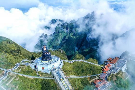 'Sóng' trên đỉnh núi Sa Pa