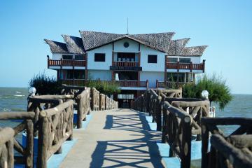 Mức phí cách ly phòng dịch Covid-19 tại khách sạn, resort ở Việt Nam