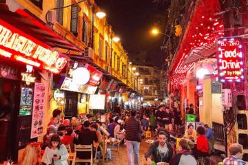 Hà Nội đóng cửa quán bar, karaoke, cafe, yêu cầu người dân không ra đường